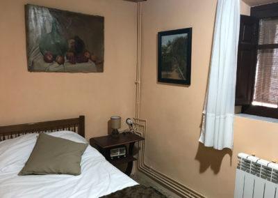 """Casa Rural Los Cipreses de Mesones Guadalajara cerca de Madrid - Foto del dormitorio """"Las Encinas"""""""