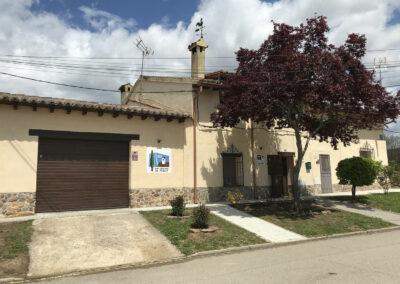 Casa Rural Los Cipreses de Mesones Guadalajara cerca de Madrid - Foto de la fachada