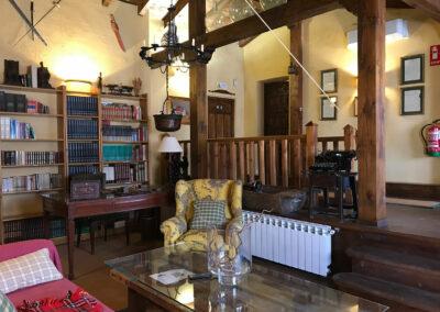 Casa Rural Los Cipreses de Mesones Guadalajara cerca de Madrid - Foto del salón principal (3)