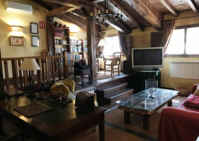Casa Rural Los Cipreses de Mesones Guadalajara cerca de Madrid - Foto del salón principal (2)